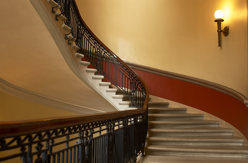 All That You Should Know About Stair Balustrades