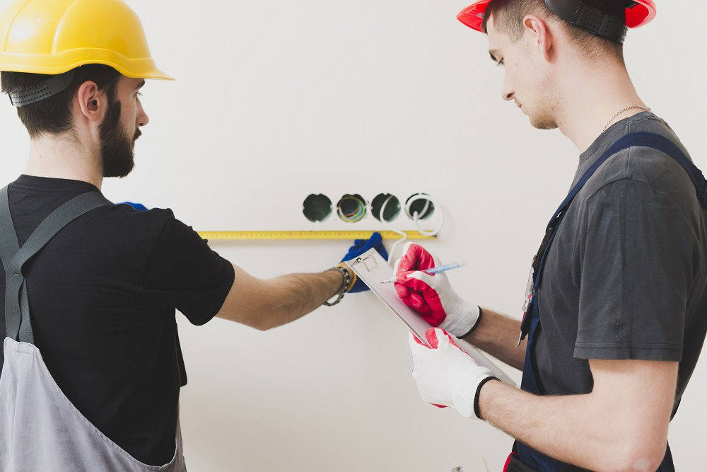 Issues Determine Which is DIY or Professional Electrical Repairs