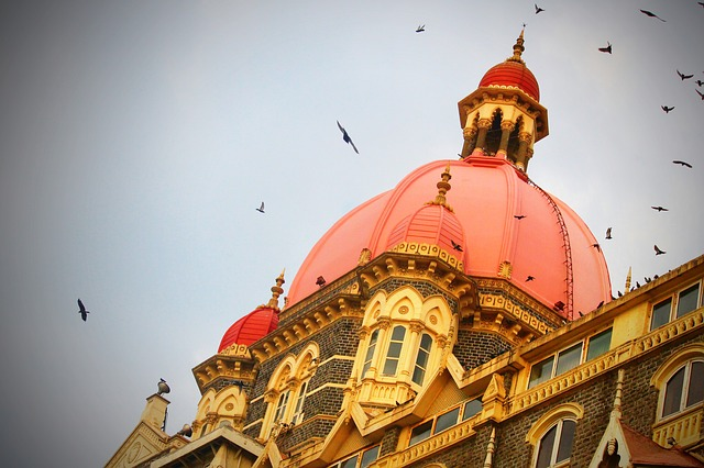 A Comprehensive List of the top-rated Couple Hotels in Mumbai