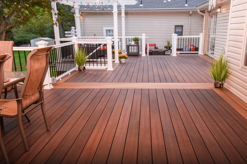 4 Top Advantages of Composite Decking