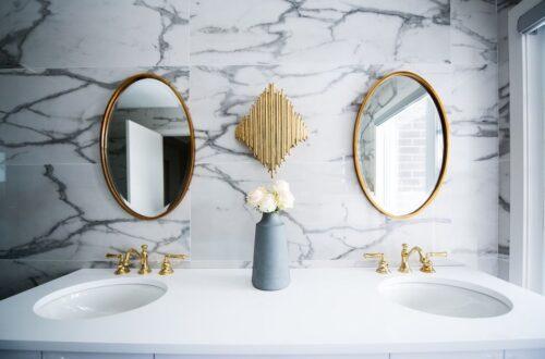 Installing Marble Tiles