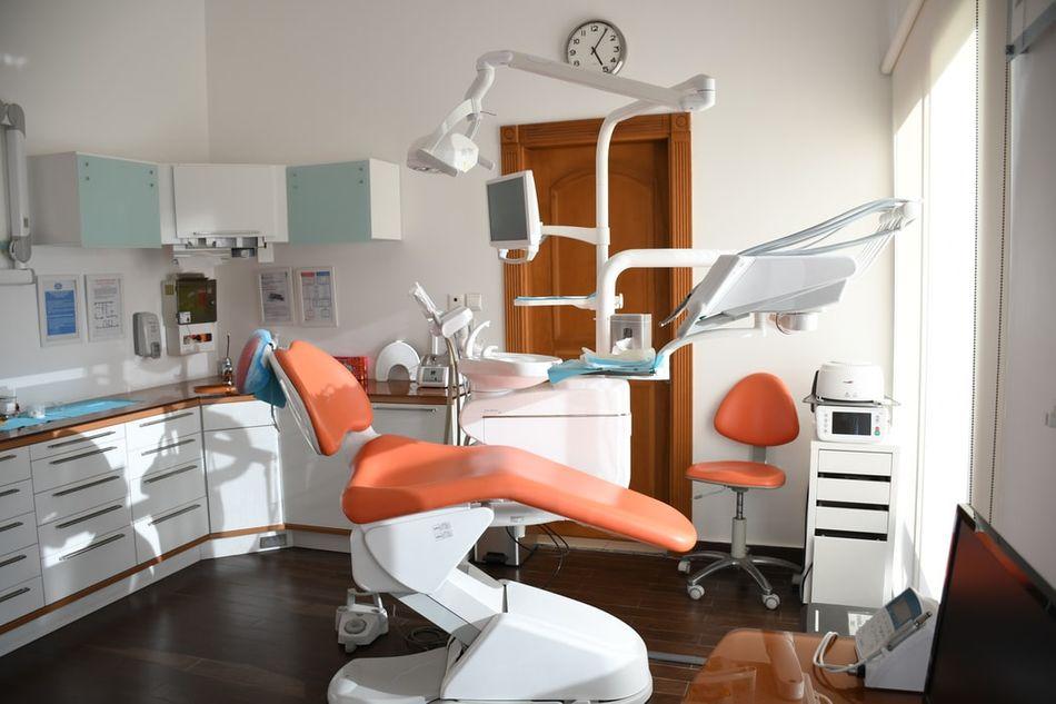 Private Dentist